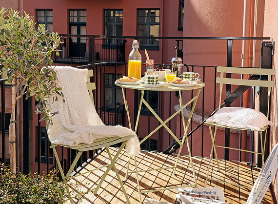 Small-Balcony-Design-Ideas_29